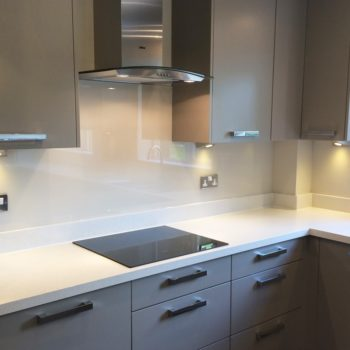white-glass-splashbacks-uk-stonetech1-uk
